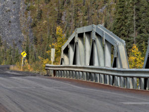 Ogilvie River Bridge -> Dempster Highway (Kanada)