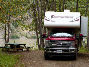 Yukon River Campground -> Dawson City (Kanada)